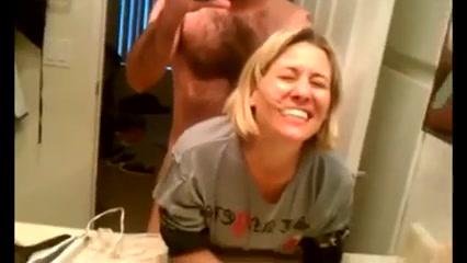 baise salle de bain masturbation au cinema